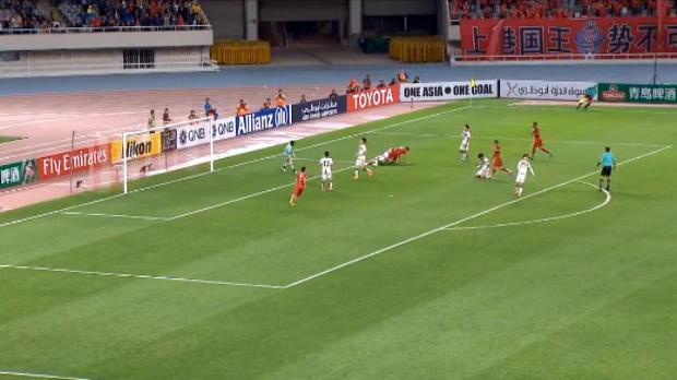 لقطة : كرة قدم: اوسكار يسجّل هدفا مذهلا لشنغهاي