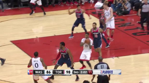 WSC: Jakob Poeltl 4 points vs the Wizards