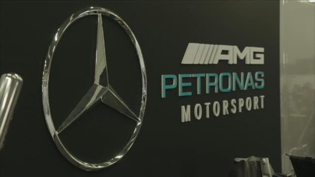 F1: Hamilton happy über neuen Boliden