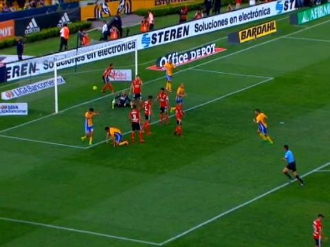 لقطة: كرة قدم: جونينيو يخطف هدفا أنيقا لفائدة تيغريس