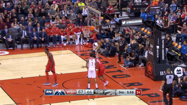 Dunk of the Night: Pascal Siakam