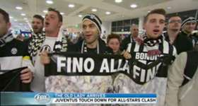 Serie A Champions Juventus have arrived in Sydney to a heroes reception ahead of Sunday's clash with the Foxtel A-League All Stars.