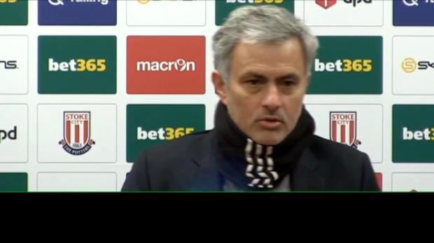 كرة قدم: الدوري الممتاز: على روني استعادة واقعيّته مرّة جديدة – مورينيو