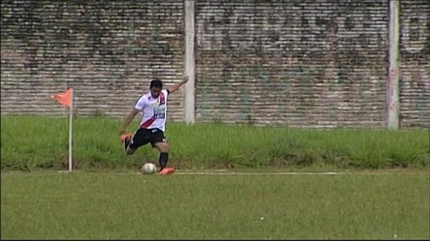 Bolivien: Eckball direkt verwandelt