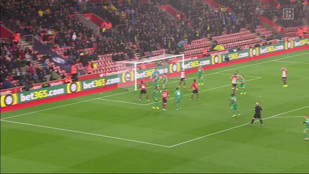 Premier League: Southampton - Watford   DAZN Highlights
