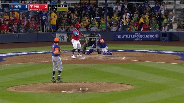 Mets, Phils shake hands