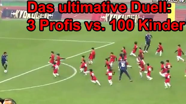 Duell: Drei Profis vs. 100 Kinder