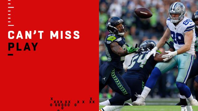 Can't-Miss Play: Thomas grabs hot-potato interception