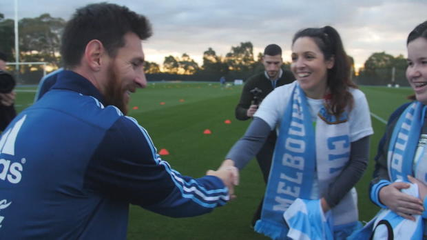 Leo Messi trifft Helfer für krebskranke Kinder