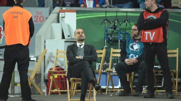 Netz feiert Guardiola und seinen Klappstuhl