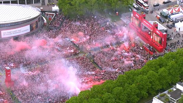 Pays-Bas - L'Ajax célèbre son titre devant une foule immense
