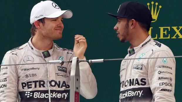 Hamilton und Rosberg glänzen und streiten