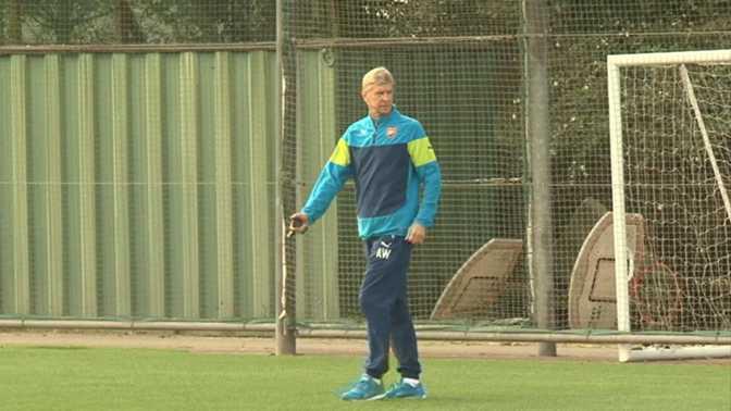 Arsenal - Debuchy absent trois mois