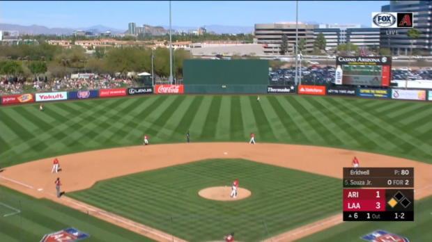 Souza Jr.'s two-run home run