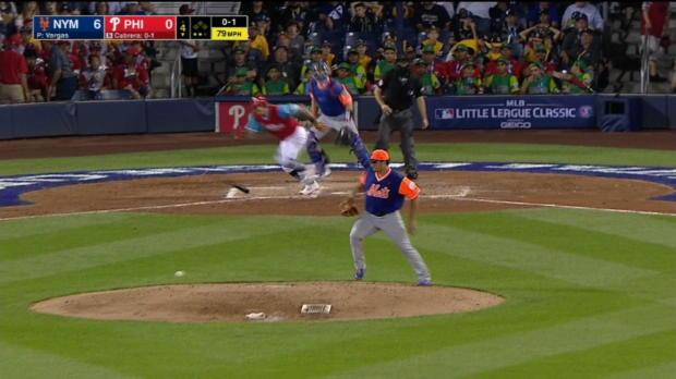 Vargas handles comebacker