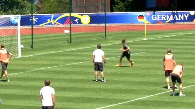 EM 2016: Top5: Trainingsspaß mit Müller und Co.