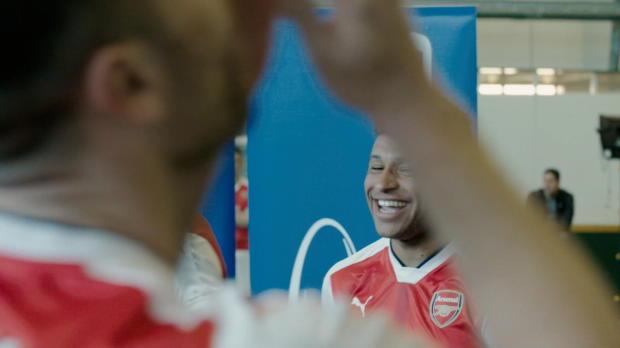 Trickshots bei Arsenal: Özil verzaubert alle