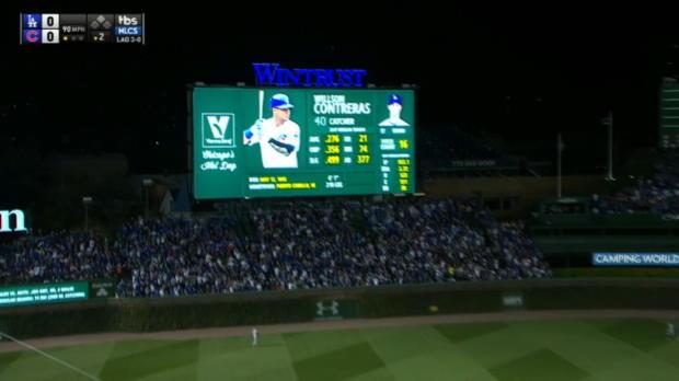 Contreras' scoreboard smash