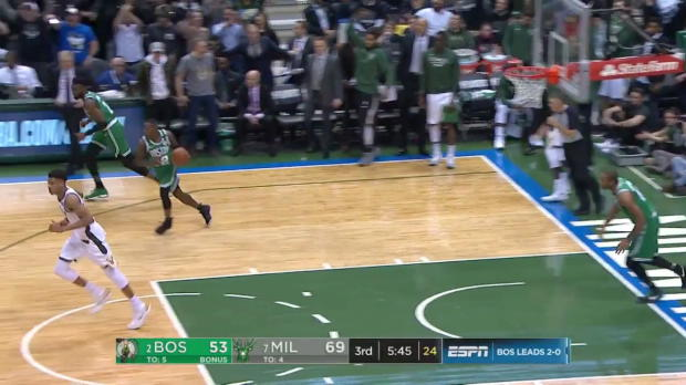 WSC: Giannis Antetokounmpo with the huge dunk!, 04/20/2018