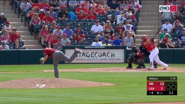 Rivera's solo home run