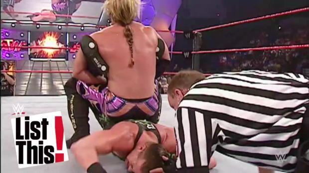 8 veces que un título cambió de manos varias veces en la misma noche:WWE List This!