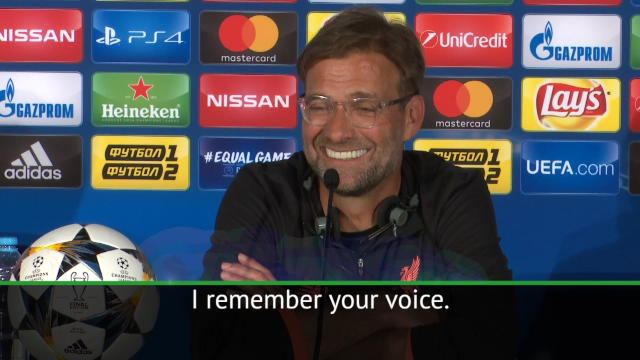 I remember your voice! - Klopp jokes with journalist Thumbnail