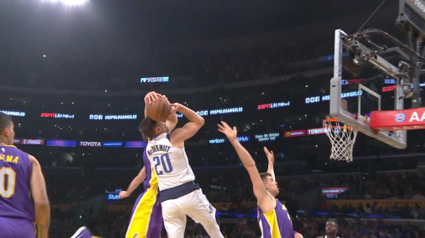 Block of the Night: Alex Caruso