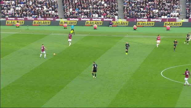 Premier League: West Ham - Burnley   DAZN Highlights