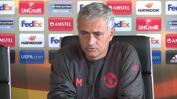 "Mourinho: ""Sam Allardyce tut mir leid"""