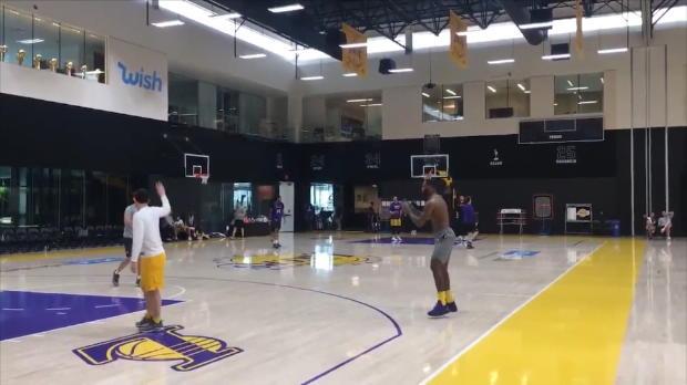 Basket : NBA - LeBron James de retour à l'entraînement