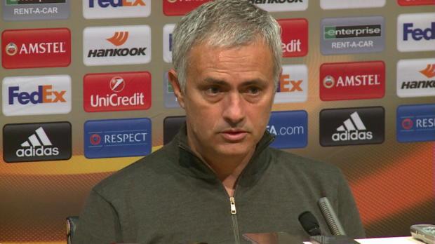 """Mourinho: """"Mkhitaryan wird warten müssen"""""""