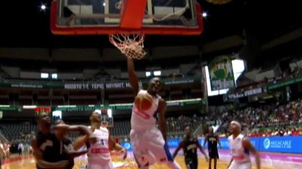 Centrobasket: Buzzer-Beater-Dunk! Clemente lässt es krachen