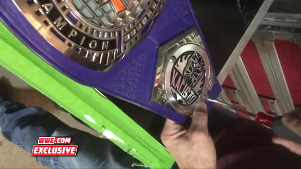 Kalisto gets his WWE Cruiserweight Championship customized: WWE.com Exclusive, Oct. 16, 2017