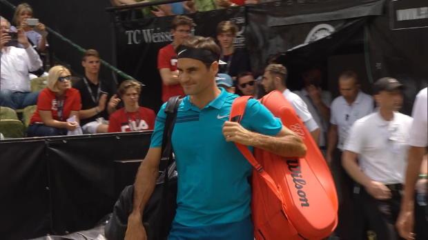 Stuttgart: Federer setzt sich die Krone auf