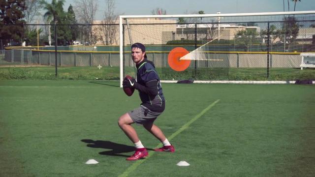 Soul & Science: Breaking down Washington State quarterback Luke Falk's unique 'rhythm' as a passer