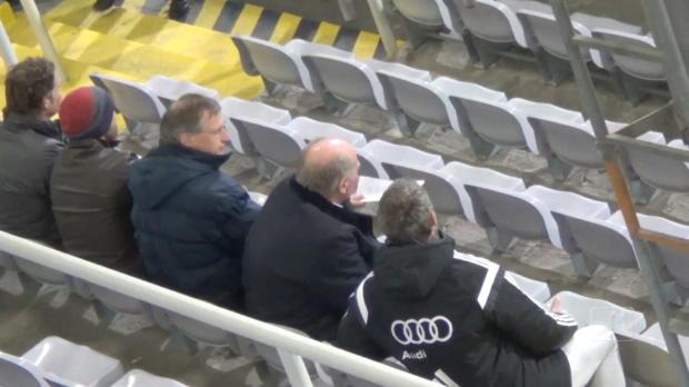 4. Liga: Uli Hoeneß sieht Unterzahl-Sieg von Bayern II