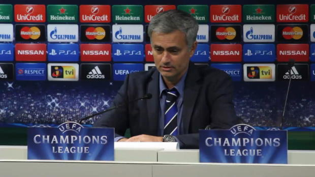 Foot : LDC - Groupe G : Mourinho rend hommage à Terry