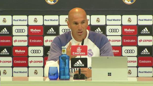 Zidane kitzelt Bale, Benzema und Ronaldo