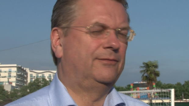 Grindel fordert neues Vorgehen für Dopingtests