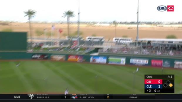 Barnhart's two-run home run