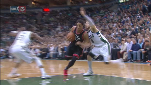 Dunk of the Night - DeMar DeRozan
