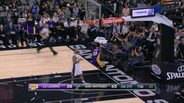 Steal of the Night - Julius Randle