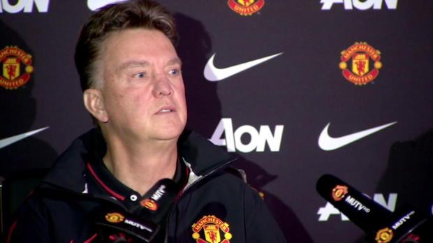 Blessé avec sa sélection nationale le week-end dernier, Daly Blind devrait etre absent moins longtemps que prévu selon Louis Van Gaal, son entraineur à Manchester United.