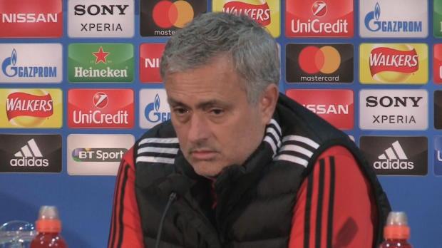 """Mourinho ätzt: De Boer """"schlechtester Trainer"""""""