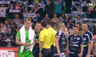Melbourne Victory kept their Premiership hopes alive with a 2-1 win over Adelaide United at AAMI Park on Saturday night.