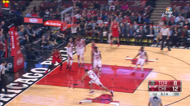 Block of the Night - Robin Lopez