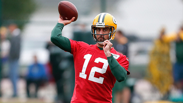 Ian Rapoport: Green Bay Packers QB Aaron Rodgers doing light work in practice