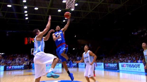 Basket : FIBA - Mondial - Le dunk tout en puissance de Norwood