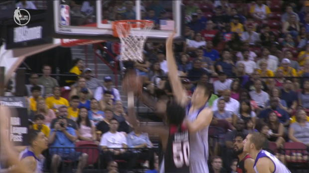 Block of the Night - Ivica Zubac