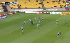 Wellington Phoenix struck in stoppage time to earn a 1-1 draw at home to Sydney FC on Saturday night.